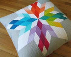 Aviatrix Blocks free PDF for two size of pillows. Elizabeth of OHFRANSSON.COM is so generous!