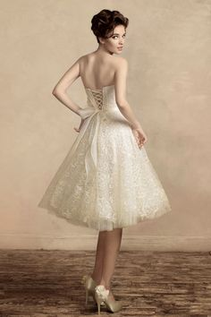 For the overweight women who want to wear the wedding dress which is created in short style, this is better to choose the right tone first before play with the designs and accessories. Description from allfashionnews.net. I searched for this on bing.com/images
