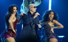 Pitbull y Robin Thicke amenizan en Miami las fiestas para despedir el 2013 | USA Hispanic Press