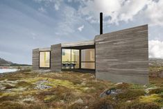 Triangel.  Fantastic Norway.  Triangular components to make a Cabin suitable for rugged terrain.