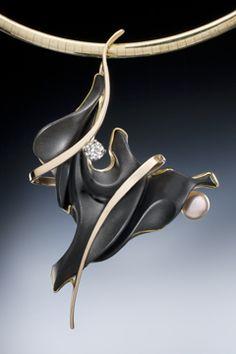 Tango  Pendant | Nancy Ellinghaus | gold, black onyx, diamond and pearl
