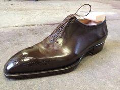 Whole Cut by Bestetti Oxford Brogues, Wingtip Shoes, Formal Shoes, Casual Shoes, Formal Dress, Men's Shoes, Shoe Boots, Shoes Men, Gentleman Shoes