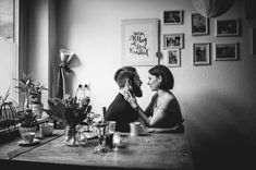 Homestory about love and music by Spiegelhof Fotografie › Beloved Stories I Smile, Make Me Smile, I Am Overwhelmed, Johnny Cash, Take That, Portrait, Couple Photos, Couples, Music