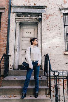 White_Knitwear-Turtleneck-Levis_Vintage-The_Reformation-Vintage_Belt-Proenza_PS11_Bag-Outfit-New_York-Collage_Vintage-Street_Style-18 белый джинсы