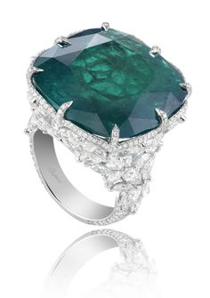 Chopard This need to be on my finger!
