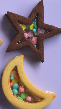 These beautiful, buttery shortbread and chocolate cookies will take you over the moon.