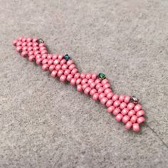 How to Peyote Stitch a Scalloped Edge #Seed #Bead #Tutorials