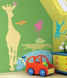 Decorar las paredes de la habitación infantil con animales