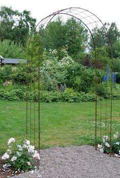 How Does Pergola Provide Shade Patio Plants, Outdoor Plants, Garden Planters, Outdoor Gardens, Pergola Patio, Pergola Ideas For Patio, Garden Trellis, Garden Gates, Garden Art