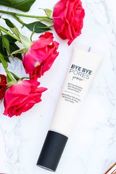 It Cosmetics Bye Bye Pores Primer is a GODSENT for anyone with oily skin! | The top ten must-have It Cosmetics products for 2017