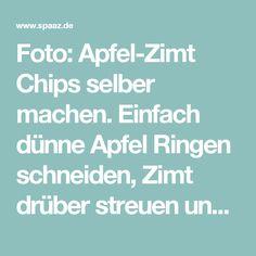 Foto: Apfel-Zimt Chips selber machen. Einfach dünne Apfel Ringen schneiden, Zimt drüber streuen und dann bei 110 Grad im Ofen backen bis sie crispy sind. Veröffentlicht von Hobby auf Spaaz.de