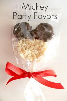 Mickey Mouse Rice Krispy treats? Cute and easy to make in big bunches!