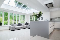 How A Roof Lantern Can really Lighten Your Room