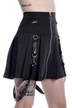 Killstar Blaire B*tch Mini Skirt Super cute pleated mini skirt from Killstar! The Blaire B*tch skirt features gorgeous detachable faux leather strap detailing, as well as a front fastening zip with aweso. Gothic Outfits, Edgy Outfits, Grunge Outfits, Fashion Outfits, Emo Fashion, Gothic Punk Fashion, Skirt Fashion, Fashion Hacks, Dark Fashion