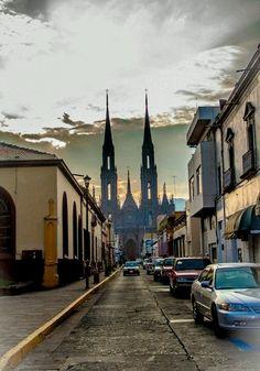 Las callecitas de #Zamora, en el estado de #Michoacan. Sitios para conocer en #Mexico.
