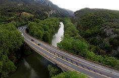 Ο γύρος της Θεσσαλίας με το αυτοκίνητο.. Σπάνιες ομορφιές και επιβλητικά τοπία