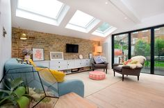 Stroud Green, N5, London, Side Return Extension, Kitchen Extension, Ground Floor Flat Extension, Bi-Fold Doors, Kitchen, Rear Extension, Roof-lights, Pitched Roof, Side Return Ideas, Kitchen Extension Ideas, Dining Area Ideas, Living Area Ideas, Open Plan Living, Living Room Floor