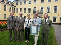 King Carl Gustav and Princess Victoria attended the annual meeting of WWF in Stockholm. On the occasion, he also celebrated the 20th anniversary of national urban park in the royal castle of Ulriksdal.