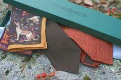 Autumn Essentials: Accessories from Exquisite Trimmings and Drakes