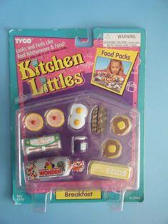 1995 Barbie TYCO Kitchen Littles Breakfast Pack Complete Set for sale online Baby Barbie, Barbie Dolls Diy, Barbie Food, Barbie Doll House, Doll Food, Barbie I, Diy Doll, Barbie Stuff, Miniature Crafts
