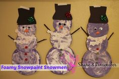 Foamy snowpaint snowman craft for preschoolers. Shaving cream and glue make a wonderful textured snowman that can be decorated for the season. Winter Fun, Winter Theme, Winter Christmas, Christmas Crafts, Winter Ideas, Playgroup Activities, Winter Activities, Classroom Activities, Preschool Crafts