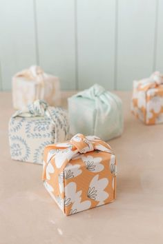 DIY:+Knotted+Fabric-Wrapped+Favor+Boxes