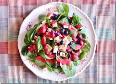 Allergy Fighting Nutrient Dense Salad: Berries, Spinach, Apple, and Seared Tempeh with Tangy Raspberry Vinaigrette