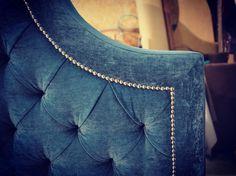 В нашей ленте чаще всего вы видите полноценные кровати нашего исполнения. Но мы с удовольствием создаем изголовья отдельно для ваших кроватей. Ждем вас для заказа: ☎️+79062767696 color-home@mail.ru #мебельназаказ#мягкаямебель#мягкаямебельназаказ#мебель#декор#интерьер#дизайн#кровать#кроватьназаказ#изголовье#изголовьекровати#спальня#furniture#bed#bedroom#design#interior#like#beautiful#decor#details#colorhome