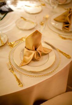 Eleganti decorazioni dei tovaglioli in occasione dei Matrimoni
