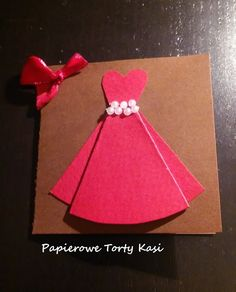 Czerwona sukienka, kartka urodzinowa, Papierowy Tort