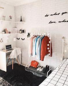 49 Easy ways to decorate your college apartment - WG Zimmer ♡ Wohnklamotte - Dorm Room Dream Rooms, Dream Bedroom, Master Bedroom, Modern Bedroom, Contemporary Bedroom, Minimalist Bedroom, Bedroom Neutral, Bedroom Simple, Kids Bedroom