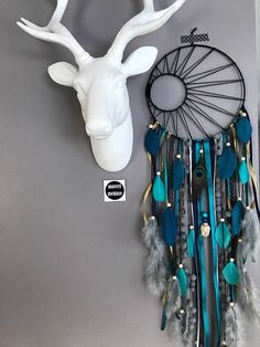 Catch Dreams Dreamcatcher Weaving Black Sun Turquoise Teal And Gray Catch dreams Dreamcatcher weaving Black Sun turquoise teal and gray Wood Crafts wooden circles for crafts Dream Catcher Craft, Dream Catcher Boho, Homemade Dream Catchers, Dream Catcher Painting, Making Dream Catchers, Dream Catcher Patterns, Black Dream Catcher, Wooden Crafts, Diy And Crafts