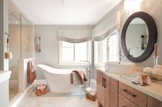 65 Trendy Bathroom Window Treatments Over Tub Benjamin Moore Bathroom Design Layout, Diy Bathroom Decor, Modern Bathroom Design, Simple Bathroom, Bathroom Ideas, Bathroom Window Treatments, Bathroom Windows, Bathroom Curtains, Roman Bathroom