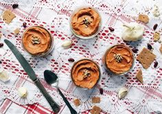 Voici une tartinade originale, nutritive et succulente! Antipasto, Hummus, Camembert Cheese, Dips, Healthy Recipes, Healthy Food, Snacks, Breakfast, Voici