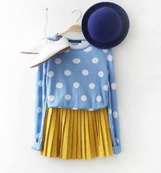 Korean fashion - blue sweater with white polka dots, orangey-yellow skirt, blue bowler hat, and white oxford style flats. Fashion Flats, New Fashion, Trendy Fashion, Dots Fashion, Skirt Fashion, Korean Fashion, Winter Fashion Boots, Autumn Fashion, Polka Dot Jumpers