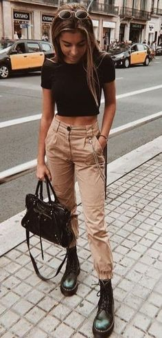 trendy outfits for summer \ trendy outfits ; trendy outfits for school ; trendy outfits for summer ; trendy outfits for women ; trendy outfits for fall ; Hogwarts Outfit, Fashion Mode, Look Fashion, Fall Fashion, Trendy Fashion, Cheap Fashion, Modern Fashion Outfits, Urban Style Outfits, Sporty Fashion