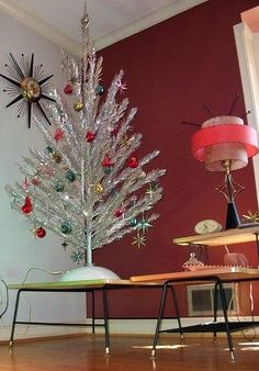 retro silver aluminum christmas tree with mid century modern atomic sputnik red aqua ornaments - Mid Century Modern Christmas Decor
