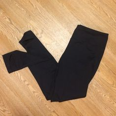 Knockout by Victoria Secret stirrup workout L Worn twice but they're too long on me. Near perfect condition Victoria's Secret Pants Leggings
