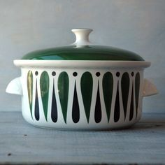 Stig Lindberg Comedia Casserole Dish - nice pattern, hadn't seen this before.