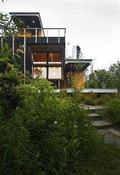 Rierson Cabin by Salmela Architect in Tofte, Minnesota