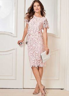 Ladies NWT Together UK size 22 pale pink floral lace overlay fully lined dress Stylish Clothes For Women, Stylish Outfits, Lace Dress With Sleeves, Short Sleeve Dresses, Short Sleeves, Dresses Uk, Elegant Dresses, Dress Cuts, Lace Overlay