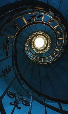 Ravenclaw, Spiral Staircase, Marble Staircase, Hogwarts Houses, Stairways, Aesthetic Pictures, Aesthetic Wallpapers, Blue Aesthetic Dark, Aesthetic Space