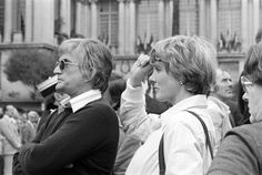 US director Blake Edwards and his wife Julie Andrews are pictured on the filming of the 'The Revenge of the Pink Panthers' on April 15 1975 in Nice