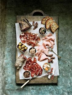 The art of a charcuterie board. add that to my bread + cheese+ charcuterie= love Think Food, Love Food, Tasty, Yummy Food, Yummy Drinks, Snacks Für Party, Food Presentation, Wine Recipes, Food Inspiration
