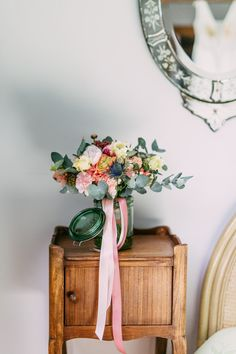 Joli bouquet de Tiphaine.  © Chlotidien Bouquet, Stuffed Sweet Peppers, Mint, Vase, Wreaths, Bridal, Wedding, Home Decor, Weddings