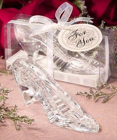 1f1121f8038 This shoe fits perfectly for every occasion where guests will feel like  princesses. Fulfill their Cinderella dreams with these stunning glass  slipper ...