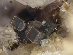 Steacyite. Poudrette quarry (Demix quarry; Uni-Mix quarry; Desourdy quarry; Carrière Mont Saint-Hilaire), Mont Saint-Hilaire, La Vallée-du-Richelieu RCM, Montérégie, Québec, Canada FOV=3 mm Photo © Stephan Wolfsried