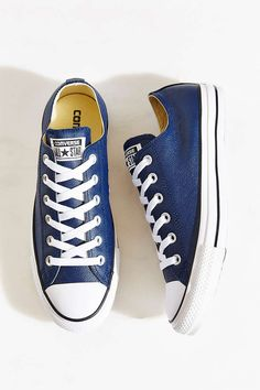 Converse Chuck Taylor All Star Seasonal Leather Sneaker - Urban Outfitters