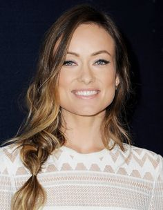 Olivia Wilde's perfectly flicked eyeliner, glossy, nude lip and loose braid are all so beautiful