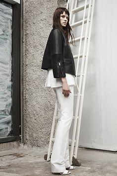 Alexander Wang Resort 2014 - Runway Photos - Fashion Week - Runway, Fashion Shows and Collections - Vogue Alexander Wang, High Fashion, Fashion Show, Fashion Design, Runway Fashion, Women's Fashion, Designer Collection, Designing Women, Editorial Fashion